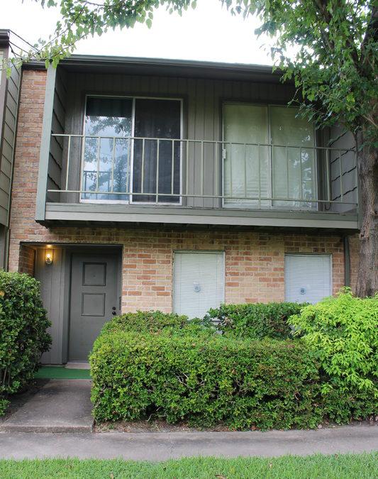 10727 Sandpiper Lane, Houston, TX