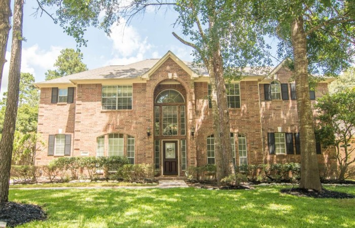 2214 Deer Cove Trail, Kingswood, TX